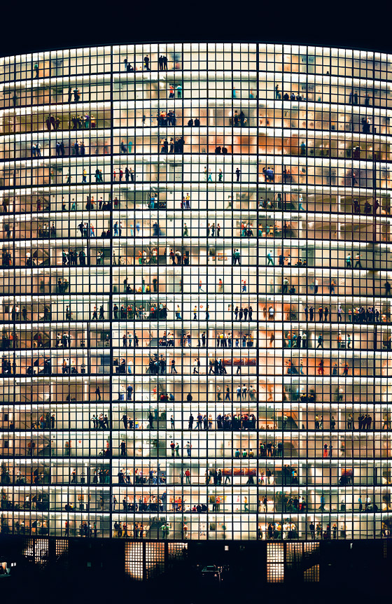 Andreas Gursky May Day V 2006